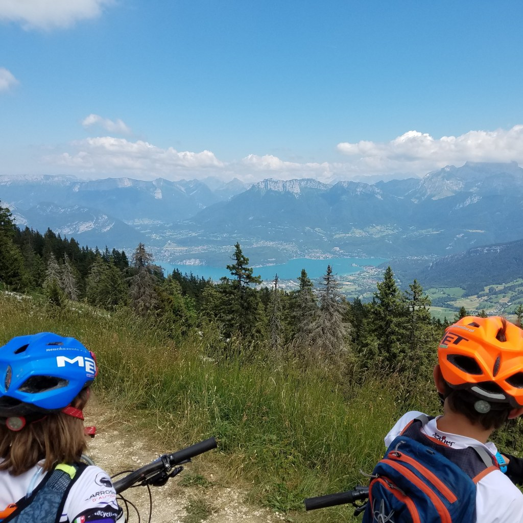Annecy mountain bike, Annecy Lake look out